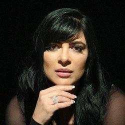 Fernanda Brum - lyrics