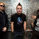 Blink-182 - cover art