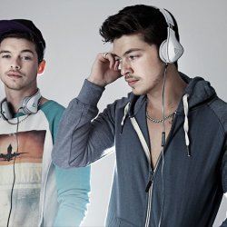 Locnville feat. Sabi - lyrics