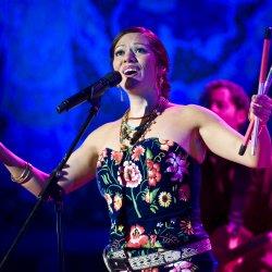 Lila Downs feat. Niña Pastori & Soledad - lyrics