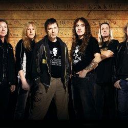 Iron Maiden - lyrics