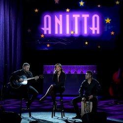 Anitta feat. Dubeat - lyrics