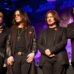 Black Sabbath - lyrics