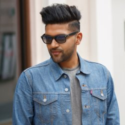 Guru Randhawa feat. Ikka - lyrics